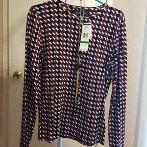 Jones New York print shirt with necklace